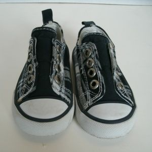 Crazy 8 Boy's Shoes Slip On Navy Plaid Size 5